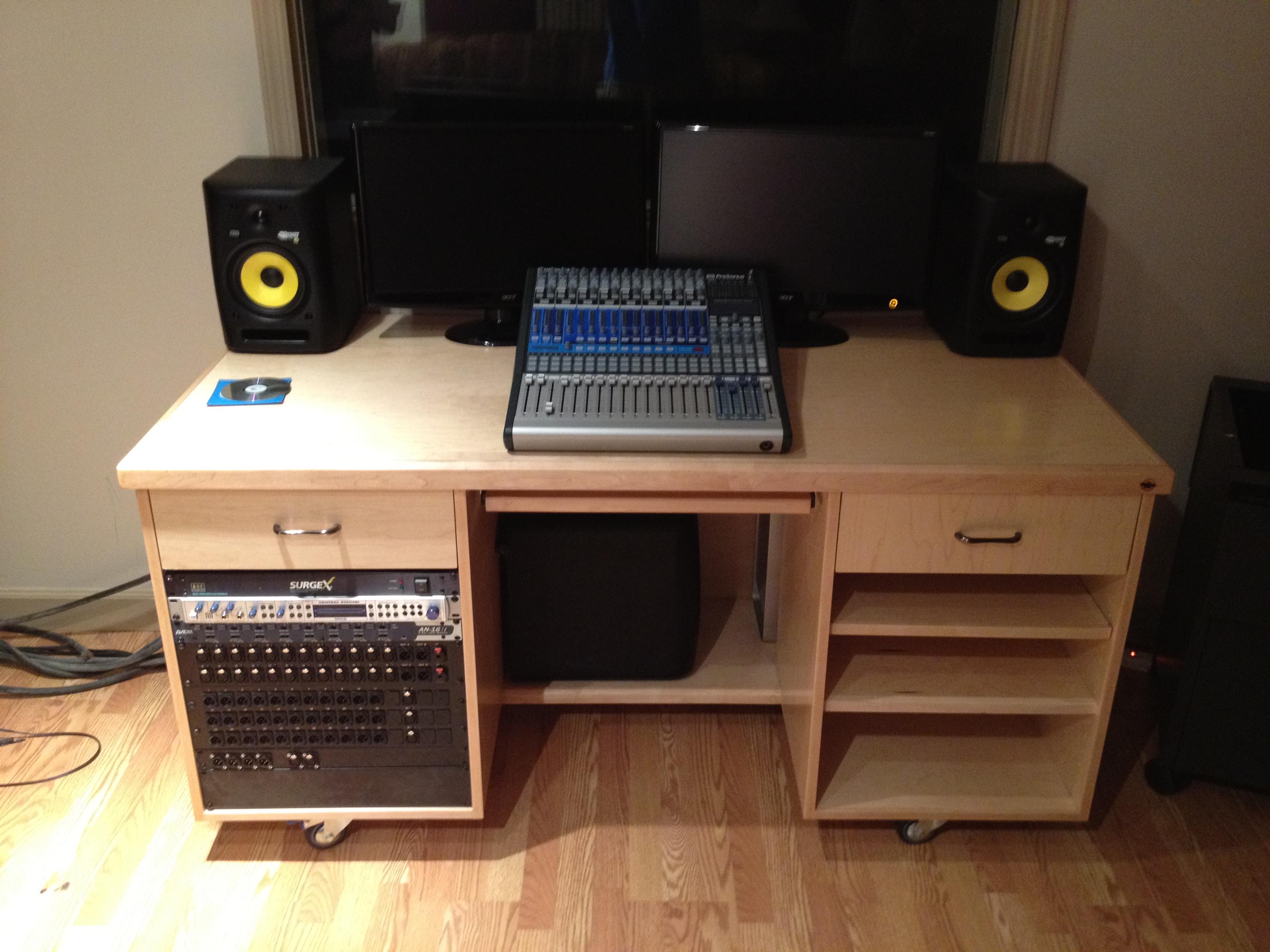 sound studio desk pennington millworks. Black Bedroom Furniture Sets. Home Design Ideas
